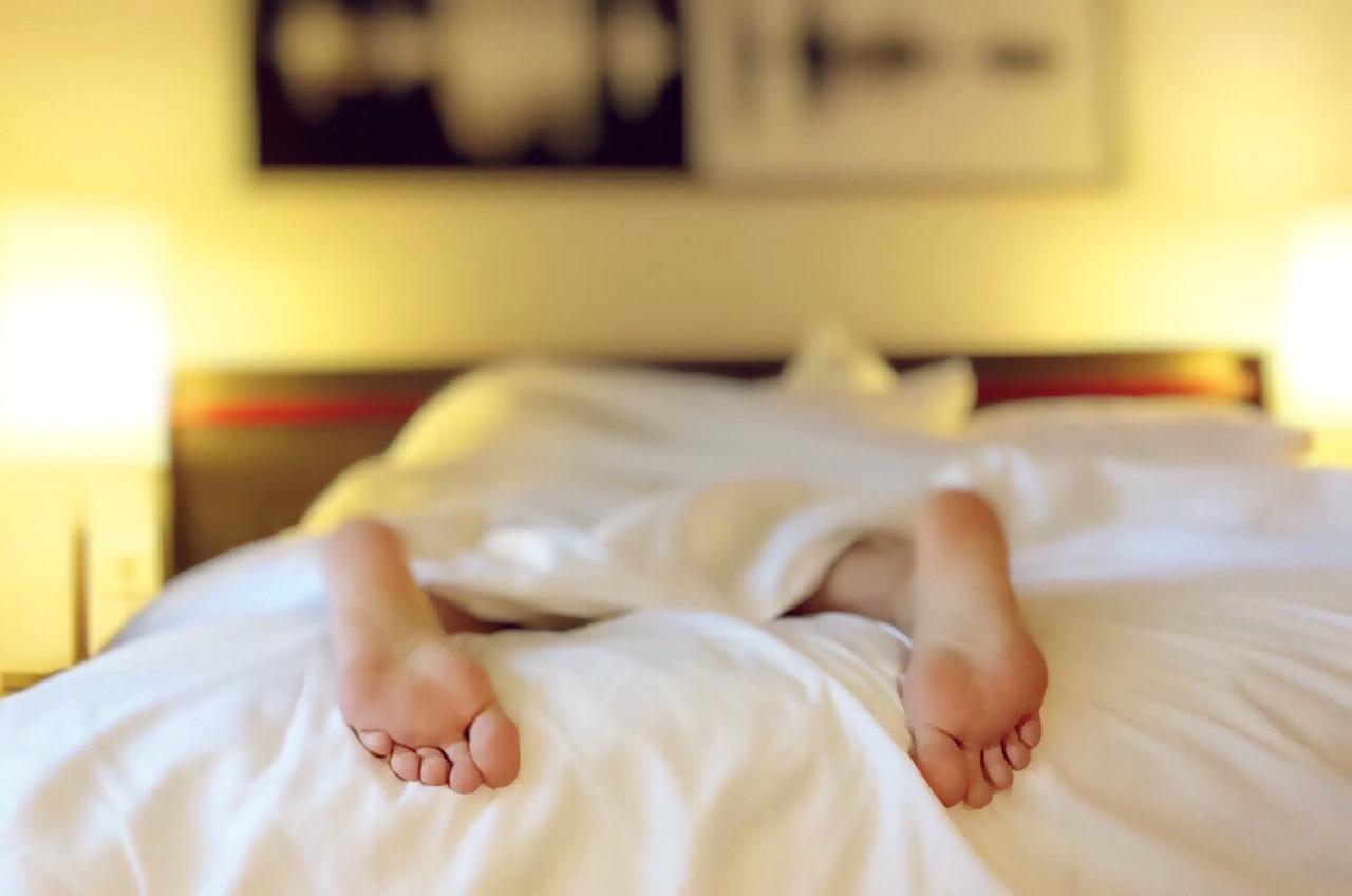 sleeping links to article