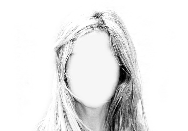 Faceless Woman Image